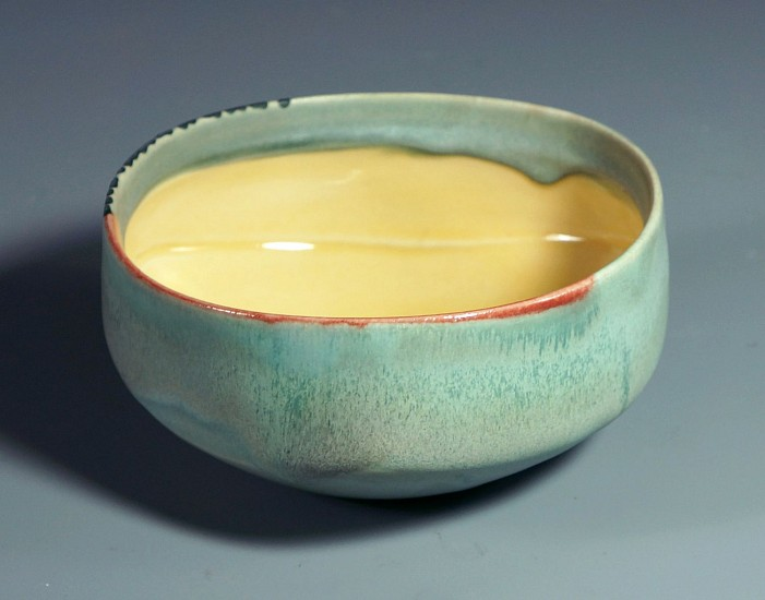 Deborah Schwartzkopf, Medium Bowl 2018, clay